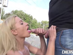 CHICAS LOCA Sexy blonde babe gets fucked outdoors