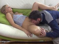 Sexy girl Natasha likes to try new thing