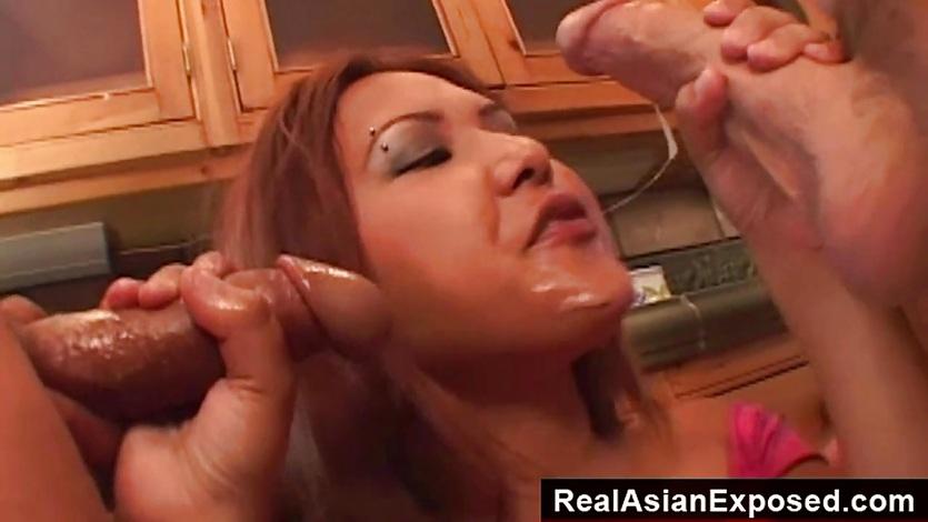 RealAsianExposed How a beautiful Asian loves fucking