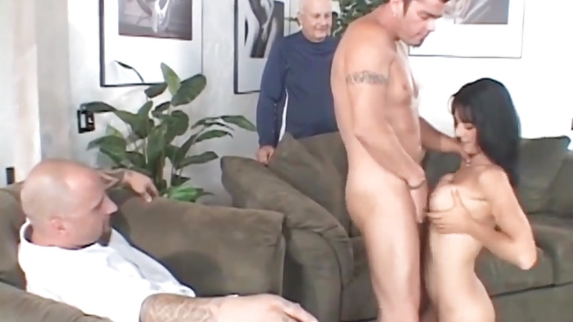 Hot wife fucks a pornstud and her man watches