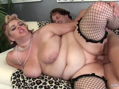 Sexy fat girl fucked good and deep