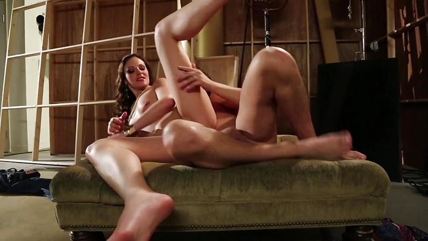 Samantha Ryan' s Petite Pussy Banged