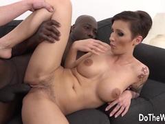 Babe Gabrielle Gucci loves big black cock