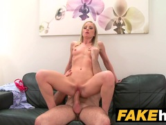 Sexy blonde model likes shaved pussy licked