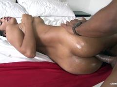 CARNE DEL MERCADO Horny Latina in oily pickup and fuck