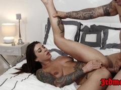 Brunette Felicity Feline Gets Her Ass Fucked