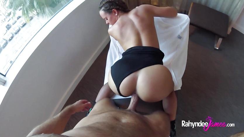 Babe Rahyndee James swanky hotel fucking POV