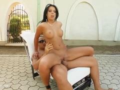 Hottie Klaudia Bella in gonzo creampie sex scene