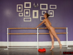 Kinky spreads by Yanna