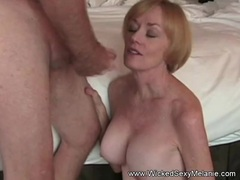 Mommy Gives the Best Blowjobs