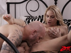 hottie Sarah Vandella Gets Her Pussy Licked and Fucked