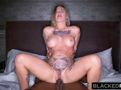 BLACKEDRAW Real Texas Girlfriend cheats with black stud at the hotel after party