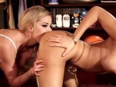 Lesbians Asa Akira and Jessa Rhodes insane pussy munching action