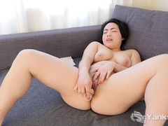 Yanks Asian Hope Gold's Delectable Masturbation