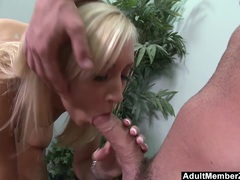 Huge Titted Jessica Lynn Gets Deep Drilling