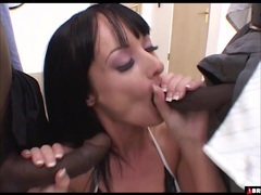 Melissa Lauren gets two big black dicks at the same time