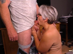 HAUSFRAU FICKEN BBW German mature hardcore stuffed
