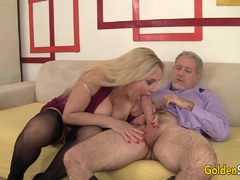 Mature Blonde Babe Sucks a Cock and Takes It in Her Pussy