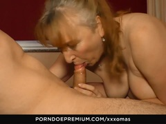 XXX OMAS German amateur eats cum in mature banging