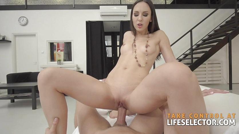 Lilu Moon - Brunette Babe Loves This Dick Length