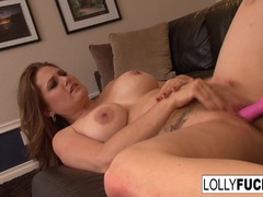Lolly and Allison pleasure each others pussies