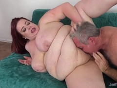 Fat Babe Takes Cock in Pussy and Cum in Mouth