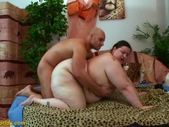 Extreme fat milf big pole fucked