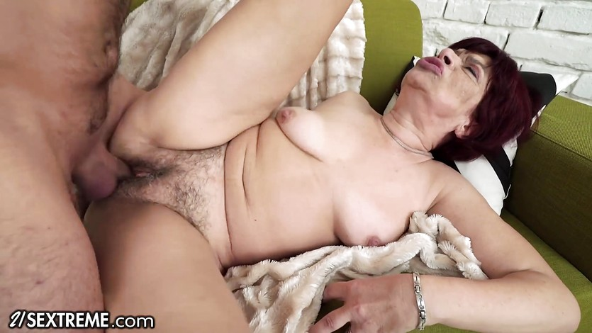 21sextreme sensual granny takes a load on her box 7