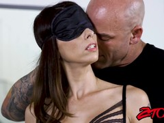 Blindfolded beauty Eva Long takes a ride on big schlong