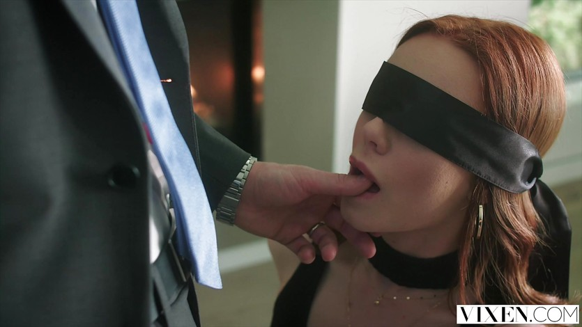 Vixen ella hughes begs to be tied up and dominated 2