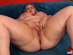 Big Plumper Rubs Her Pussy Before Being Fucked
