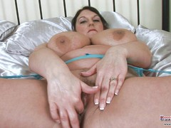 Carol Brown Boobs Play And Dildo Games
