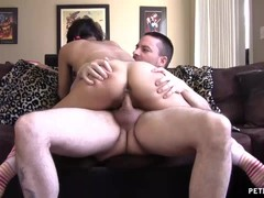 Sexy Milf Wants To Have Some Cock Fun With Neighbor