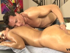 Stunning Milf Lisa Ann has a taste for Latin dick