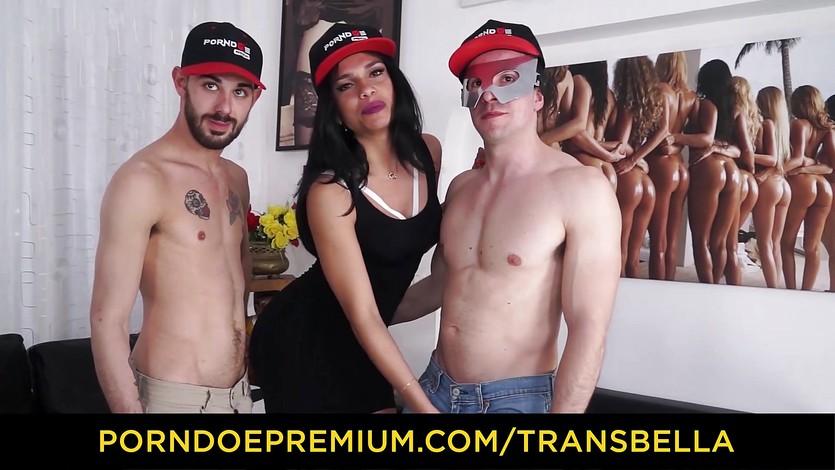 Cute trans vixen anal triangle sex