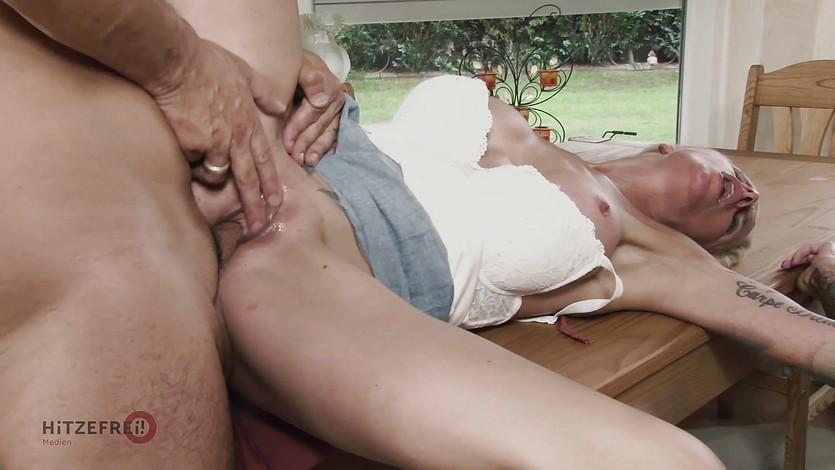 Windatt all sophie logan blowjob slutload girls swedia sexy