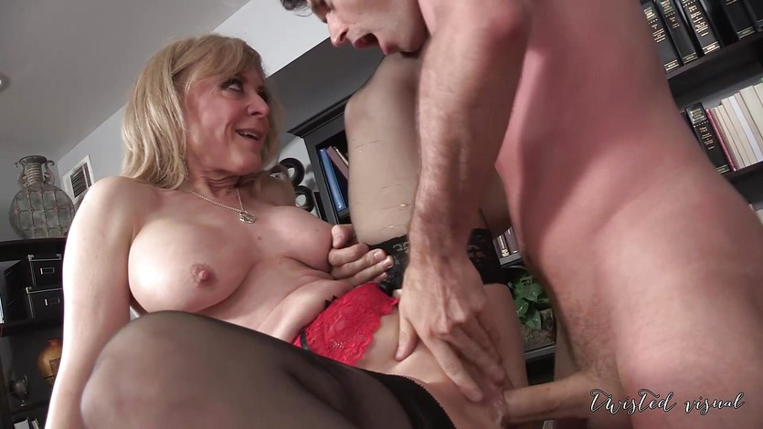 EUNICE: Nina Hartley and Charli Piper fuck